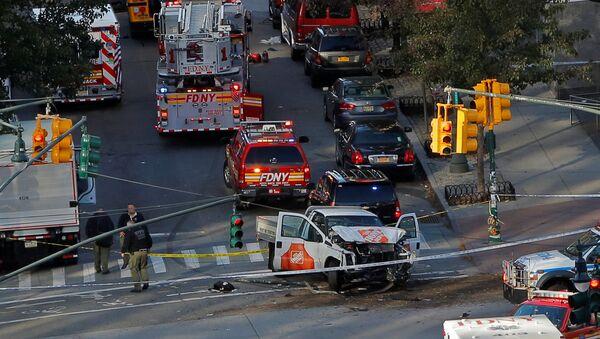 La scena dell'incidente a Manhattan REUTERS/Andrew Kelly - Sputnik Italia