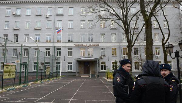 Ситуация у политехнического колледжа № 42 в Москве - Sputnik Italia
