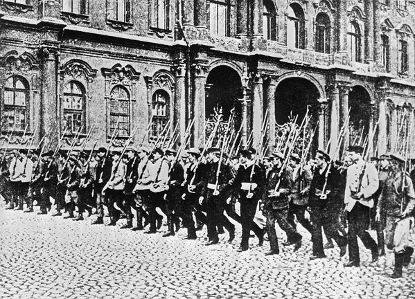 Quel 7 novembre di 100 anni fa... - Sputnik Italia