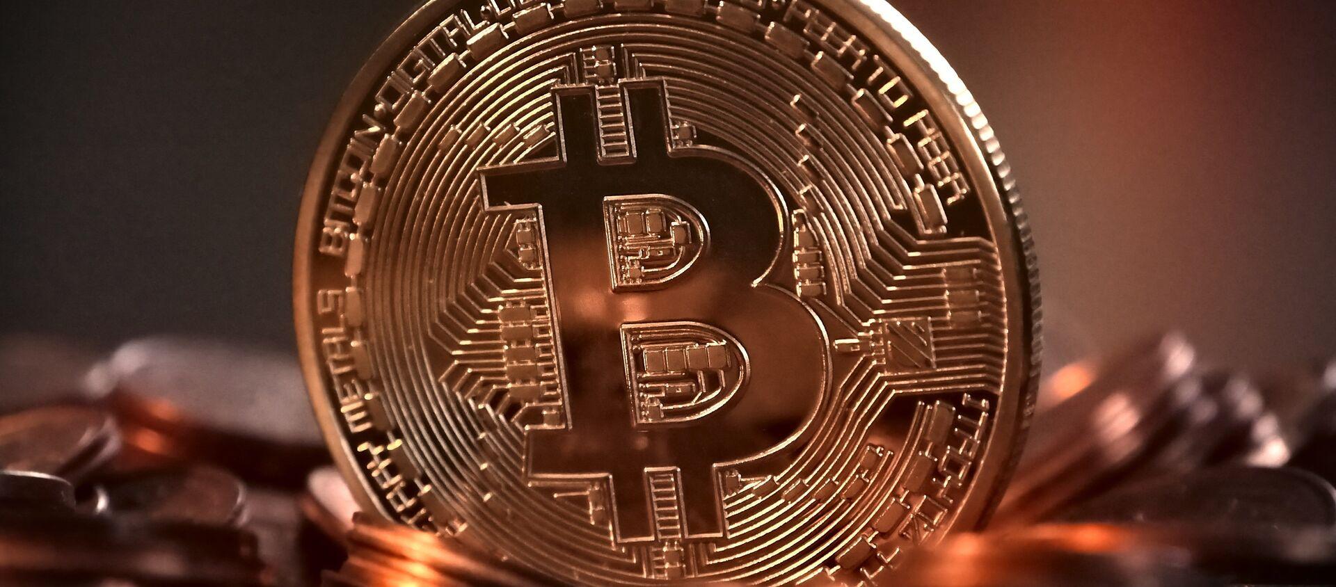 Bitcoin - Sputnik Italia, 1920, 17.02.2021