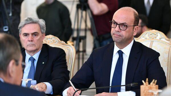 Alfano e l'ambasciatore Ragaglini - Sputnik Italia