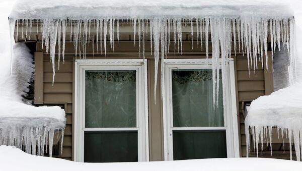Frozen House - Sputnik Italia