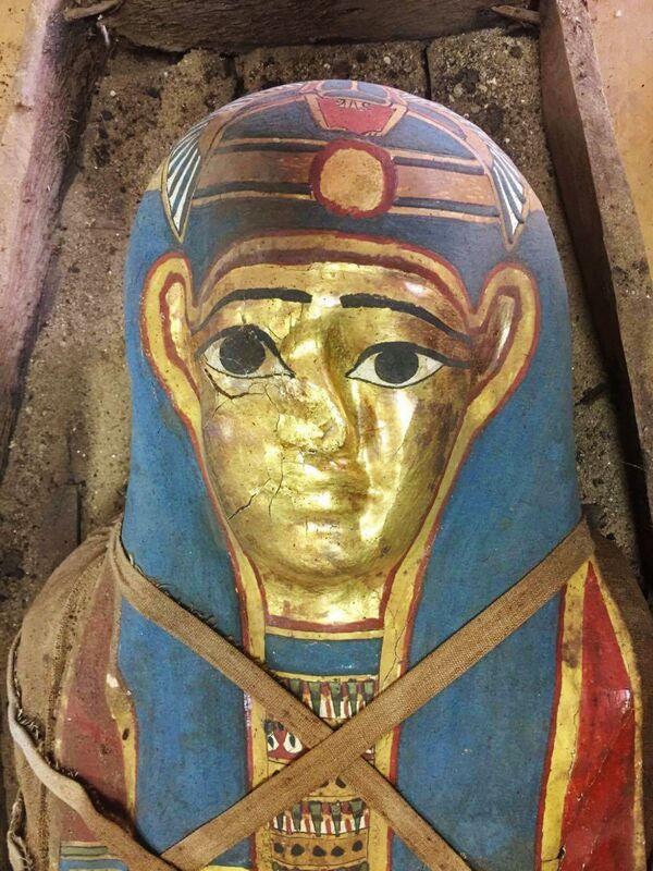 Svelato il mistero della mummia con la maschera d'oro - Sputnik Italia