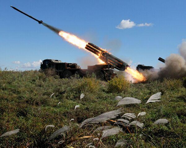 Il lanciarazzi multiplo BM-27 Uragan. - Sputnik Italia