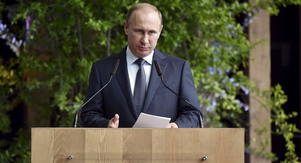 Vladimir Putin interviene a Expo