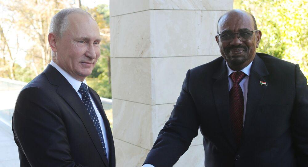 Vladimir Putin e il Presidente del Sudan Omar al-Bashir