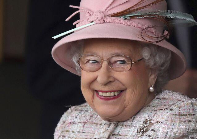 La regina del Regno Unito Elisabetta II