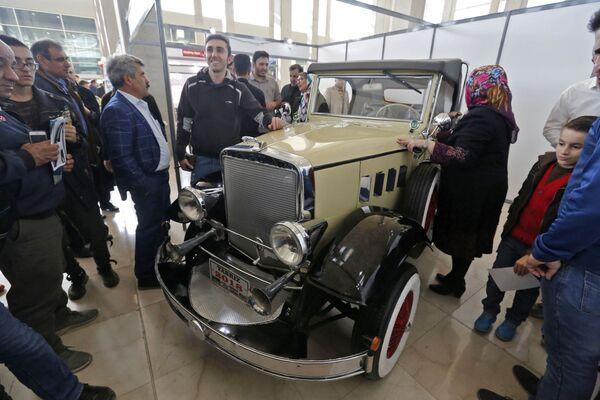 Il salone dell'auto di Teheran - Sputnik Italia