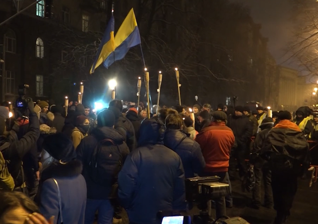 Marcia degli attivisti dell'Euromaidan a Kiev