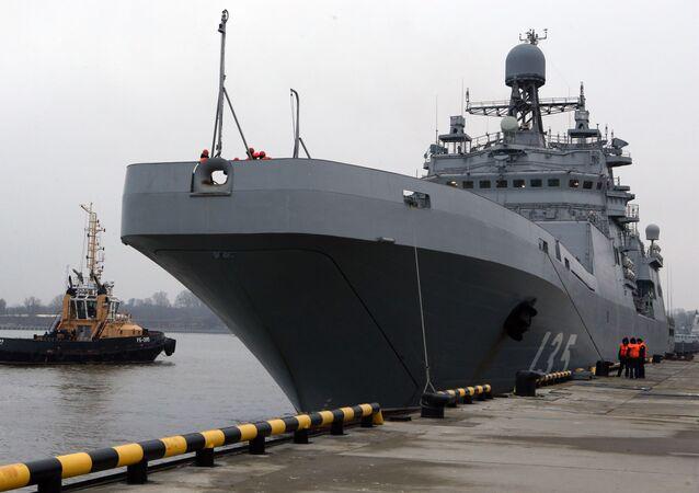Grande nave anfibia Ivan Gren