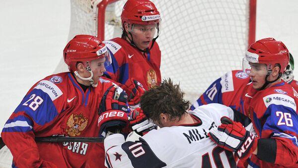 Un momento piuttosto acceso in un Russia-USA di hockey - Sputnik Italia