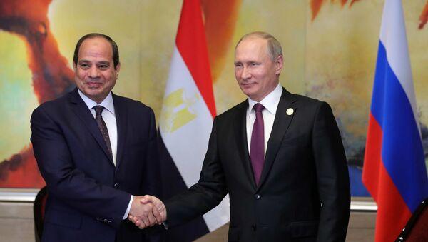 September 4, 2017. Russian President Vladimir Putin during a meeting with Egyptian President Abdel Fattah el-Sisi, left, on the sidelines of the BRICS summit - Sputnik Italia