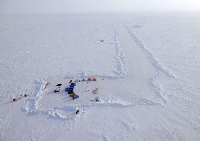 Stazione polare russa Polo nord-2015
