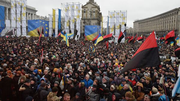 Участники акции протеста сторонников экс-президента Грузии Михаила Саакашвили в Киеве - Sputnik Italia
