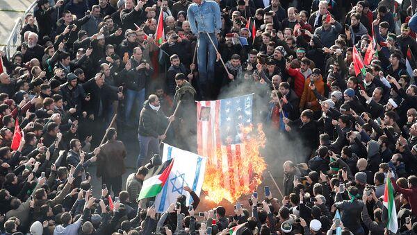 Istanbul, proteste contro il riconoscimento di Gerusalemme come capitale dell'Israele - Sputnik Italia