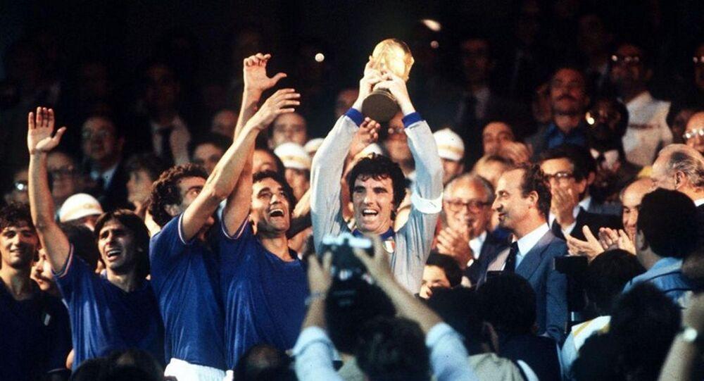 La nazionale italiana festeggia il Mondiale vinto nel 1982