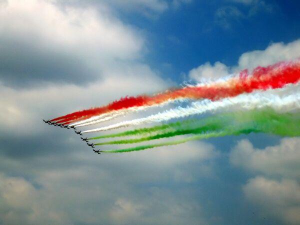 Il tricolore Italiano nei cieli di Roma - Sputnik Italia