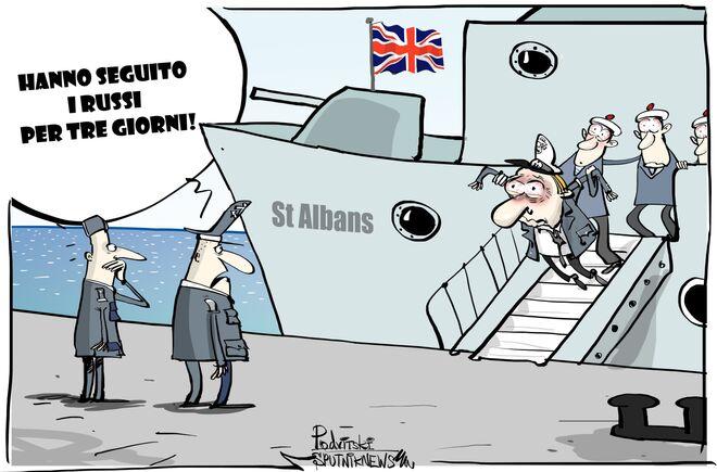 Nave militare britannica ha seguito fregata russa nel Mare del Nord