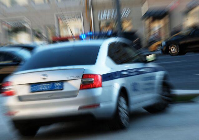 Macchina della polizia stradale a Mosca