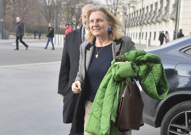 Ministro degli Esteri dell'Austria Karin Kneissl