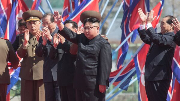 DRPK leader Kim Jong-un at a ceremony to open a new residential area on Ryomyong Street in Pyongyang. - Sputnik Italia