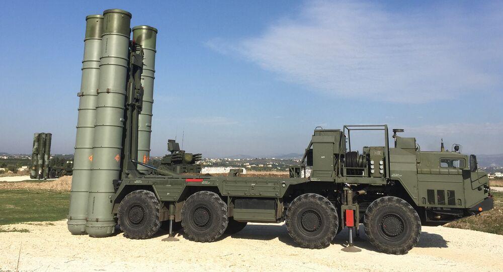 S-400 a difesa della base russa in Siria di Hmeymim