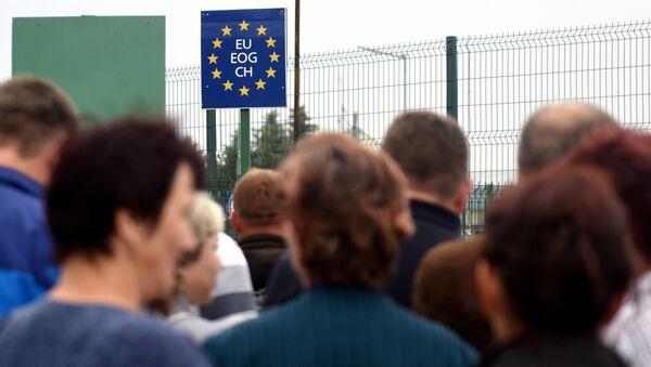 Украинцы на польско-украинской границе - Sputnik Italia