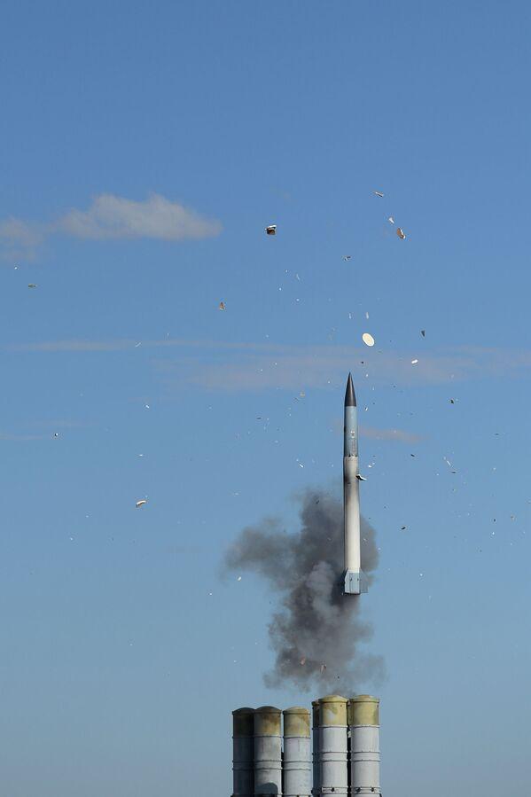 I complessi missilistici S-400 Triumph - Sputnik Italia
