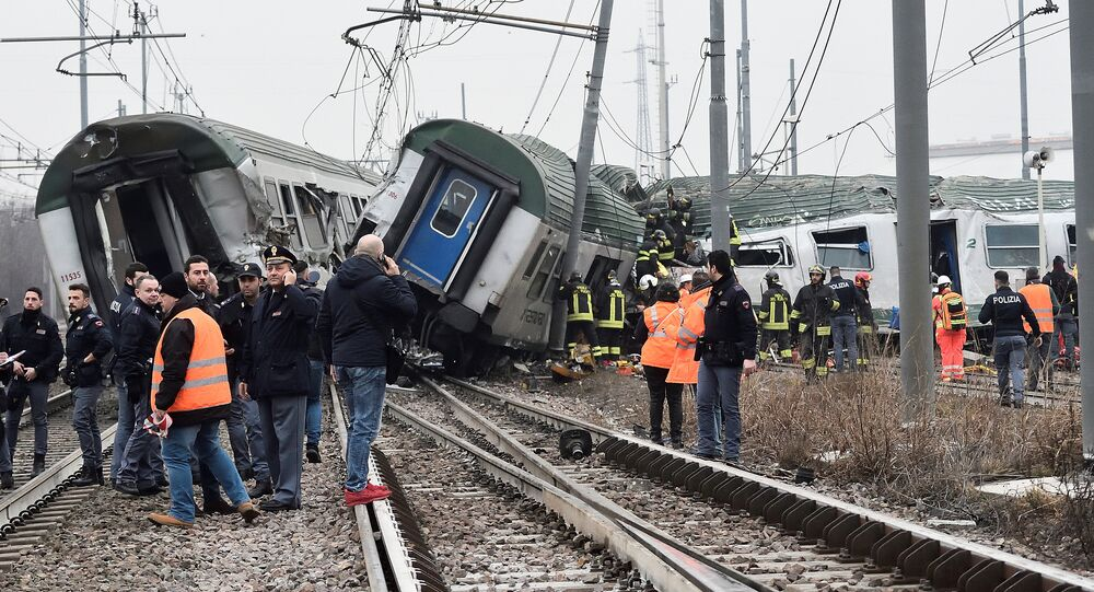 Treno di pendolari deragliato a Pioltello