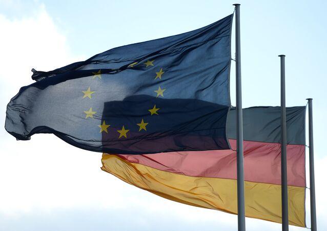 Bandiere della Germania e UE