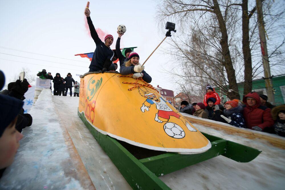 La gara di slitte estreme SunnyFest a Kazan