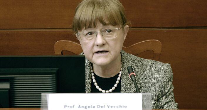 La professoressa Angela Del Vecchio