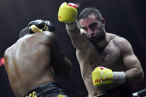 Murat Gassiev e Yunier Dorticós alle semifinali del WBSS a Sochi. - Sputnik Italia