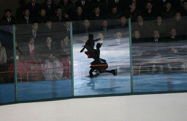 Il festival del pattinaggio di figura a Pyongyang - Sputnik Italia