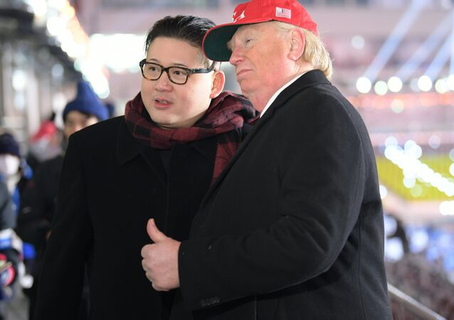 I sosia di Donald Trump e Kim Jong-Un a Pyeongchang