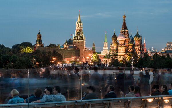La nuova Mosca: il parco Zaryadye sorto al posto dell'hotel Rossiya - Sputnik Italia