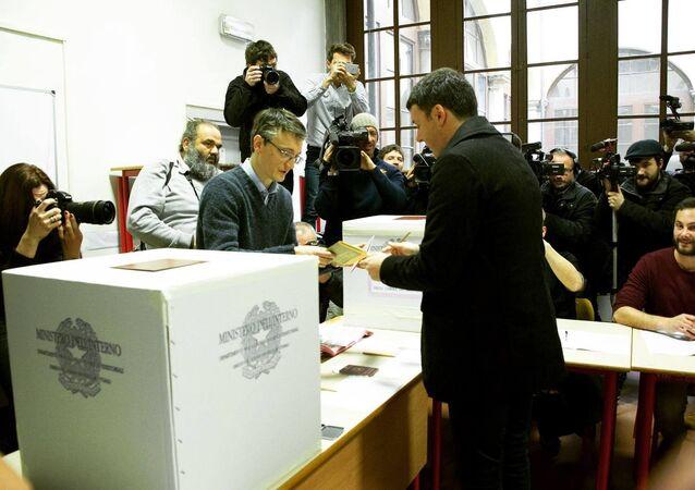Il Segretario Matteo Renzi ha votato