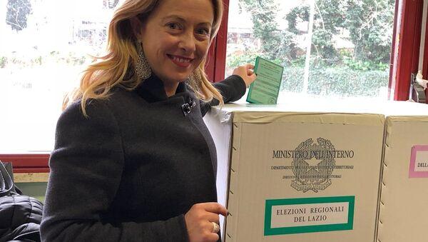 Giorgia Meloni ha votato - Sputnik Italia