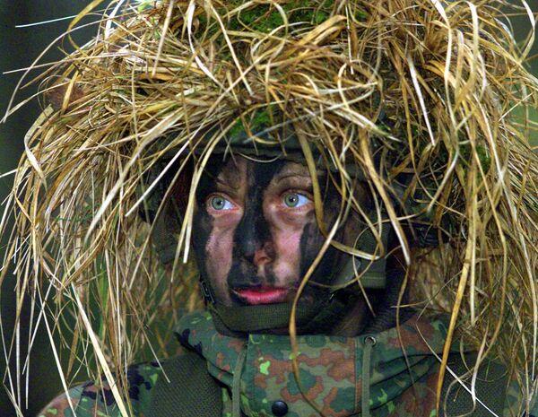 Una donna soldato dell'esercito tedesco. - Sputnik Italia