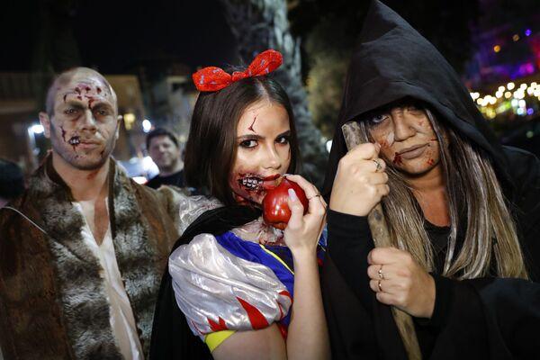 Una parata degli zombi a Tel Aviv - Sputnik Italia