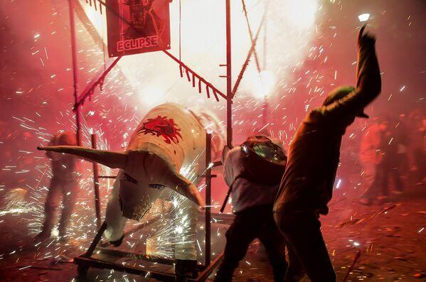 Fuochi d'artificio alle celebrazioni di San Juan de Dios a Tultepec, Messico. - Sputnik Italia