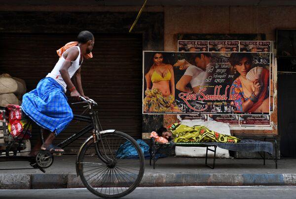 Una giornata normale a Calcutta, India. - Sputnik Italia