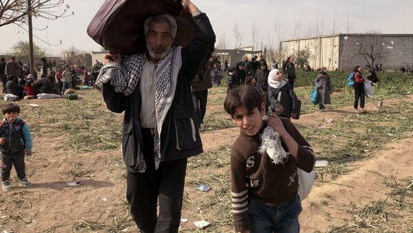 L'evacuazione dei civili dal Ghouta orientale - Sputnik Italia