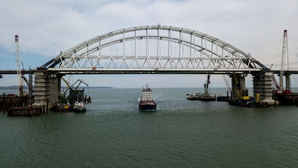 Строительство Крымского моста через Керченский пролив - Sputnik Italia