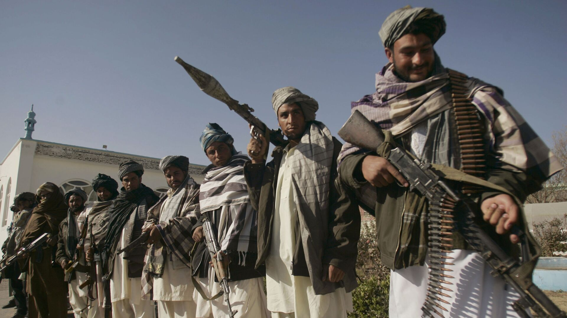 Ex militanti del movimento radicale Talebani a Herat - Sputnik Italia, 1920, 04.08.2021