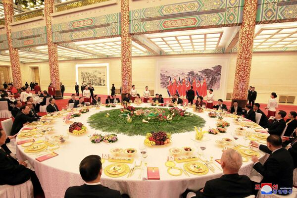 La visita di Kim in Cina - Sputnik Italia