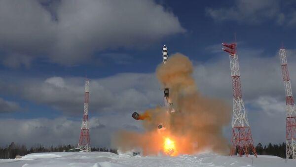 I test del missile intercontinentale russo Sarmat - Sputnik Italia