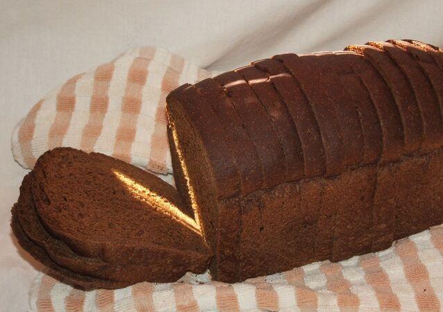 Pane nero (pane di segale)