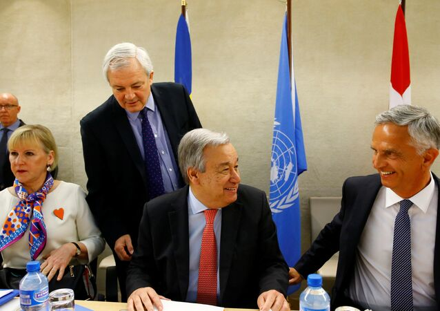(L-R) Sweden's Foreign Minister Margot Wallstrom, Stephen O'Brien, U.N. Under-Secretary-General for Humanitarian Affairs, U.N. Secretary General Antonio Guterres and Swiss Foreign Minister Didier Burkhalter arrive at the High-level Pledging Event for the Humanitarian Crisis in Yemen at the United Nations in Geneva, Switzerland April 25, 2017