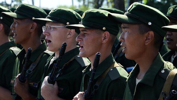 I membri di una brigata della fanteria motorizzata in Primorye - Sputnik Italia